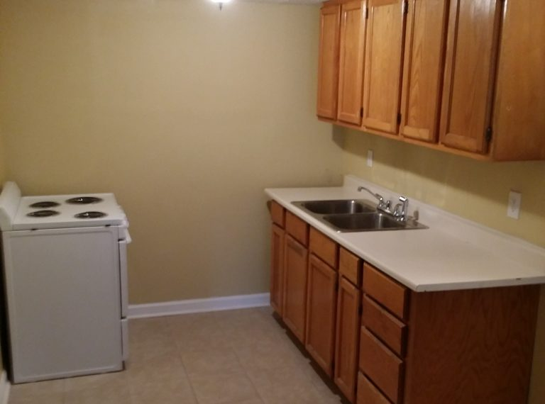 Indianapolis homes for rent 3433 Graceland #2 Kitchen