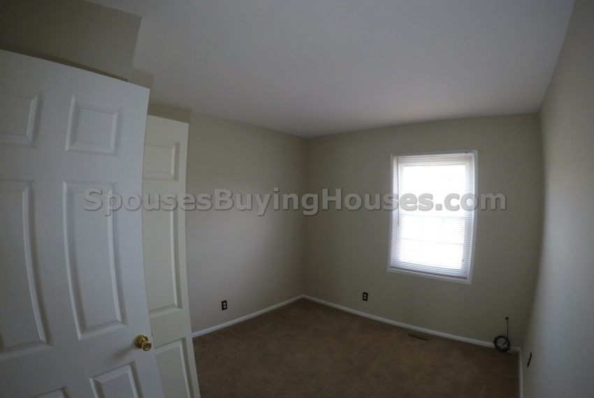 we buy houses for cash Indianapolis bedroom
