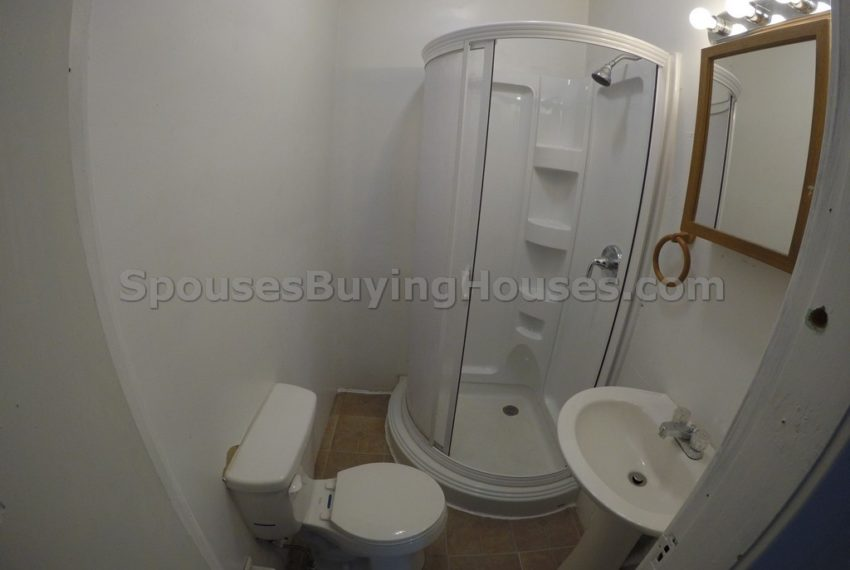 we buy any home Indianapolis bathroom