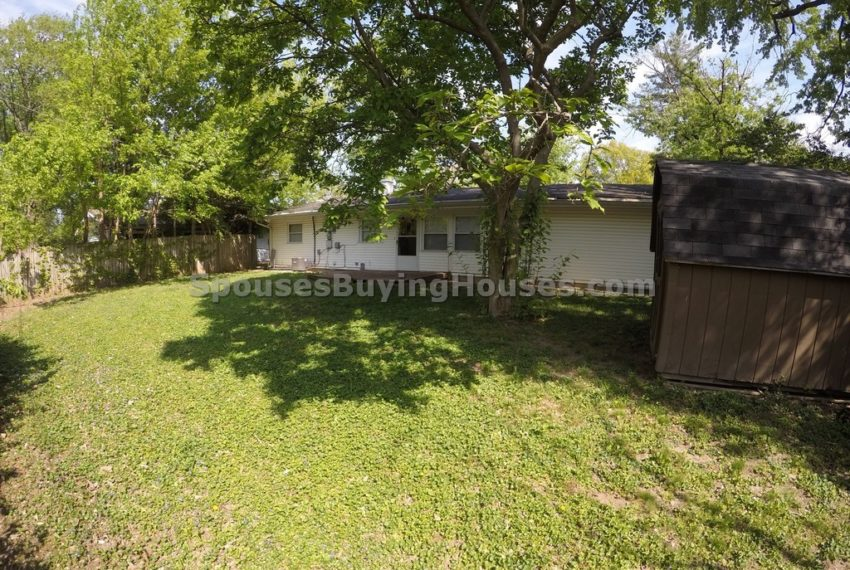 Sell your own home Indianapolis Rear Yard