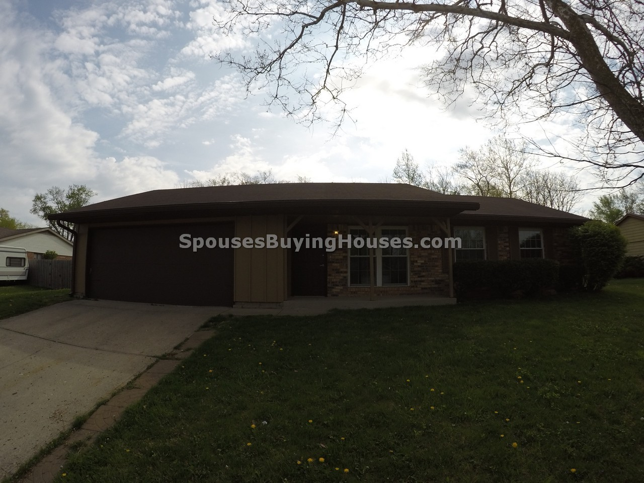 We Sell Houses Fast Indianapolis 6909 Lakeknoll Drive, Indianapolis, IN 46220