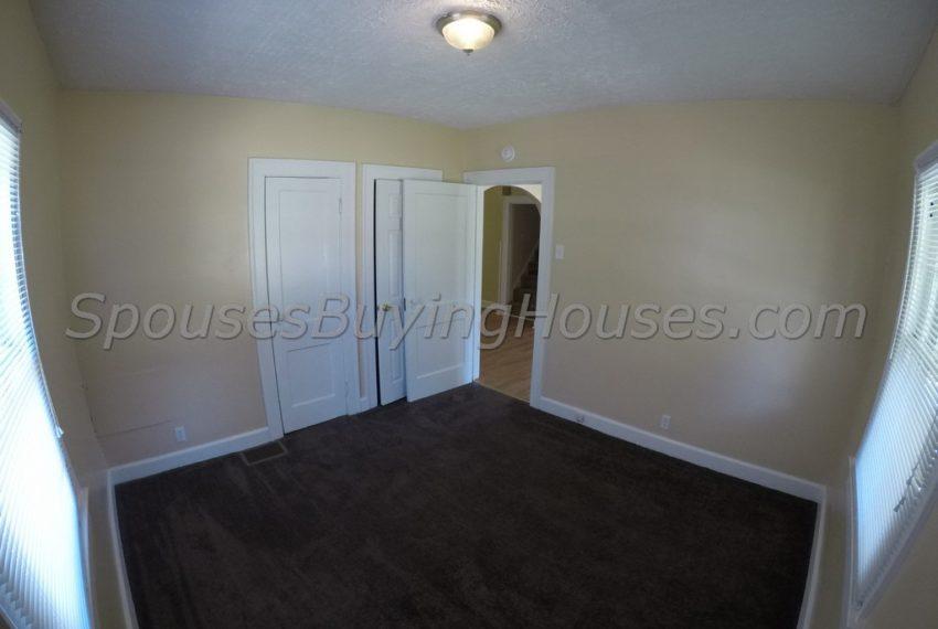 we buy houses Indianapolis Bedroom 1