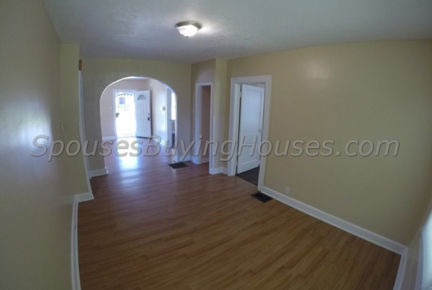 we buy homes for cash Indianapolis Dining Room