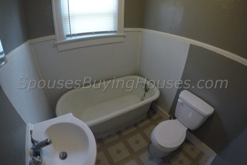 Sell my home Indianapolis Bathroom