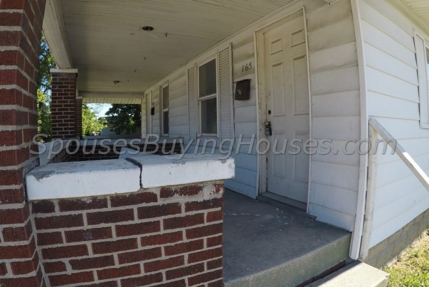 selling your house Indianapolis Side Entrance