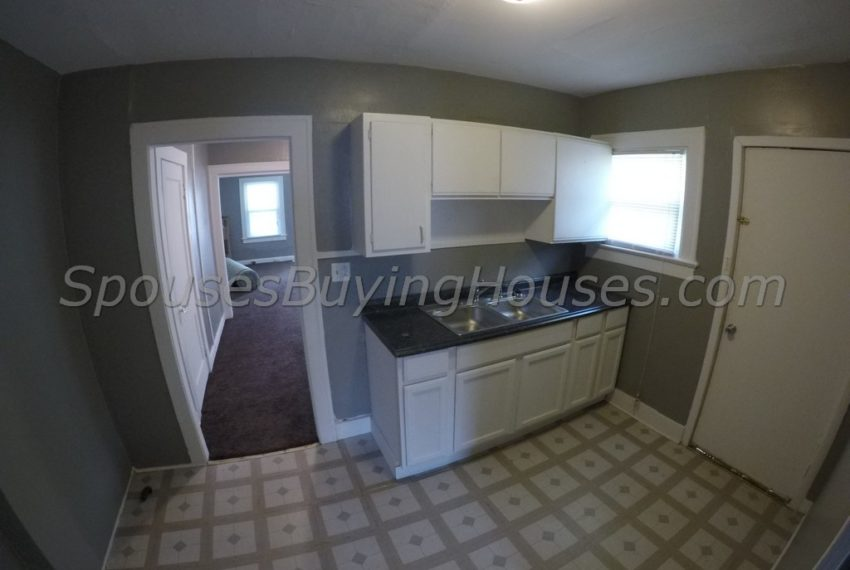 Sell my home fast Indianapolis Kitchen