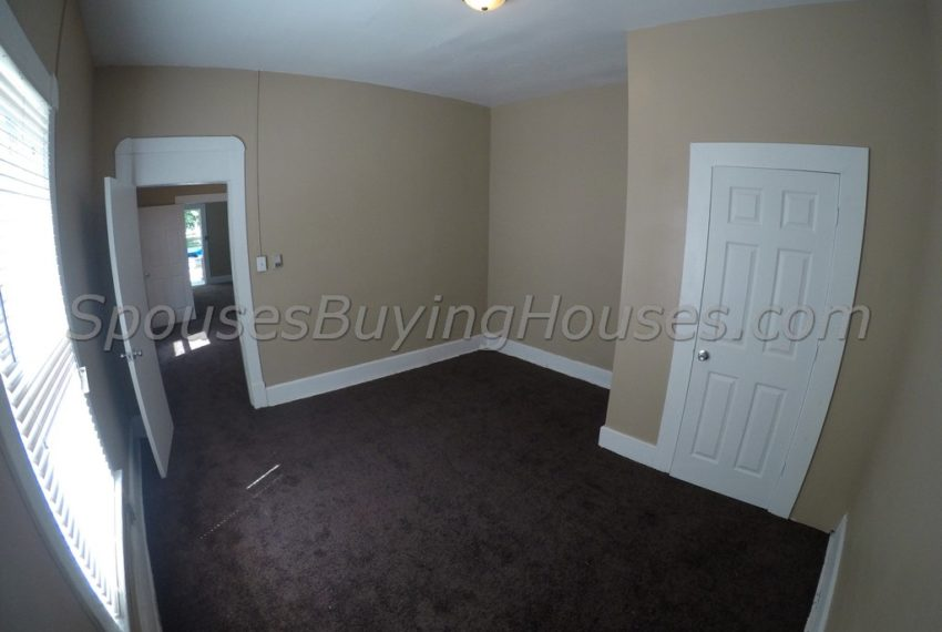 Sell your own house Indianapolis  Living Room