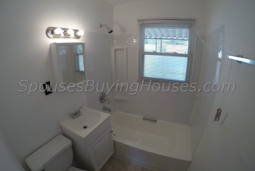 we buy your home Indianapolis Bath