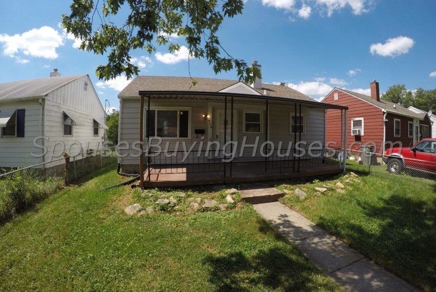 we buy houses fast Indianapolis Front Exterior