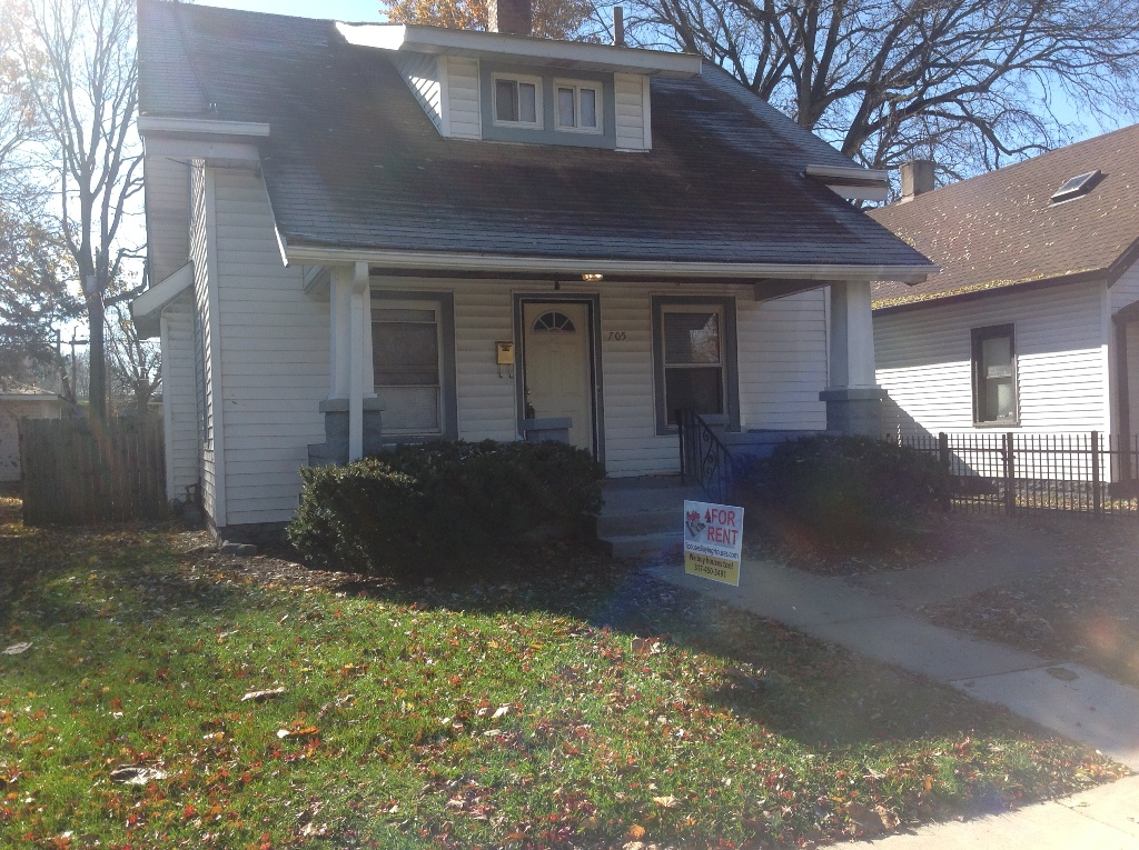 Indianapolis House For Rent – 705 W 32nd St