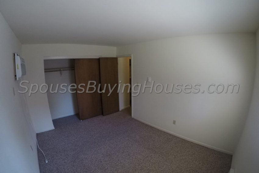 we buy homes for cash Indianapolis bedroom 2