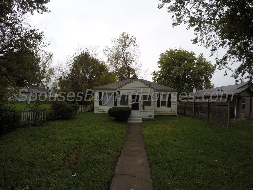 Rent this home Indianapolis – 2938 S State St