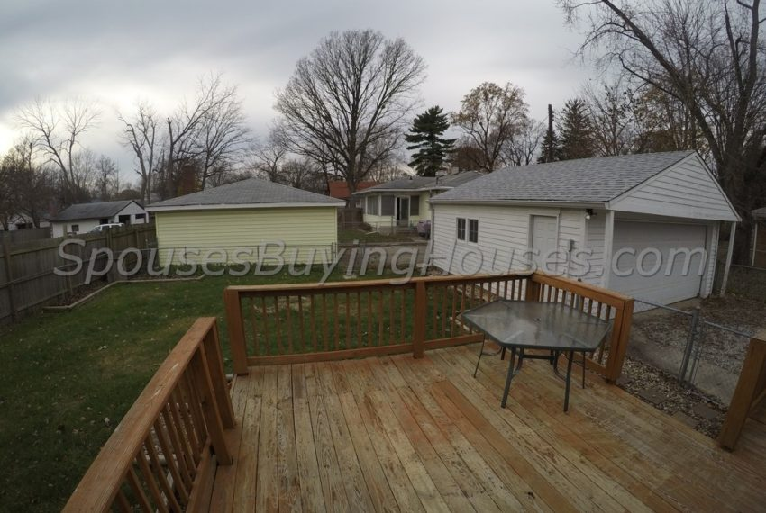 Sell my home fast Indianapolis Fenced Yard