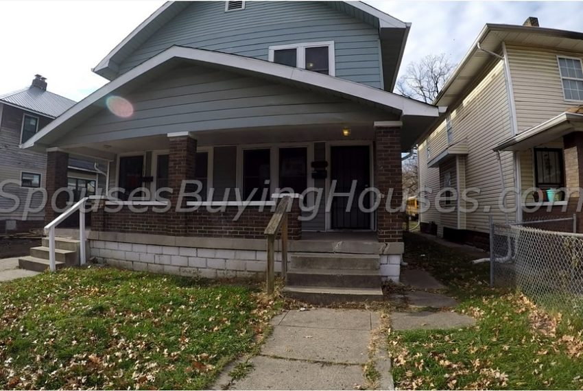 We buy homes Indianapolis Front Exterior 634 Eastern