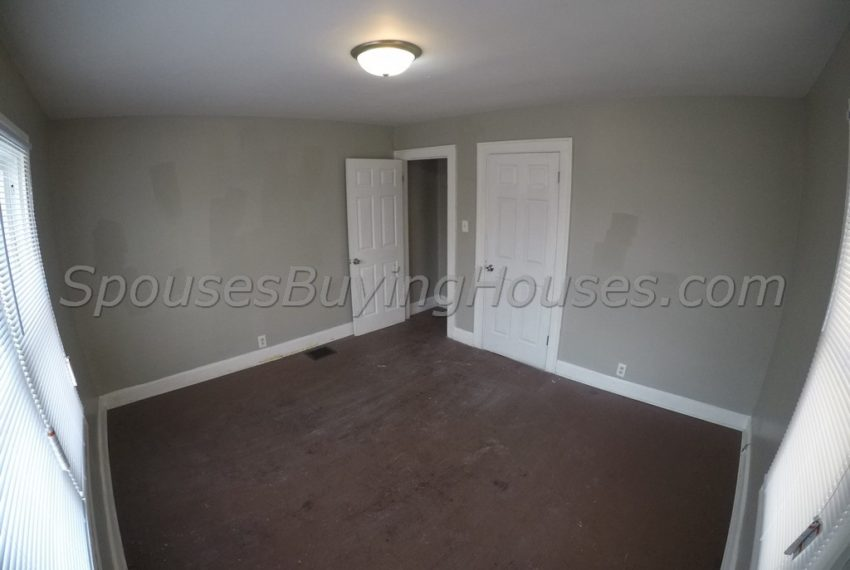we buy homes fast Indianapolis Bedroom 2