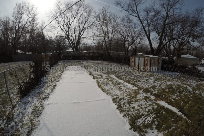 Sell your own house Indianapolis Fenced Rear Yard